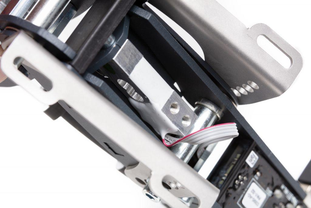 shop.gperformance.eu - Heusinkveld Engineering Sim Pedals Sprint electronics detail