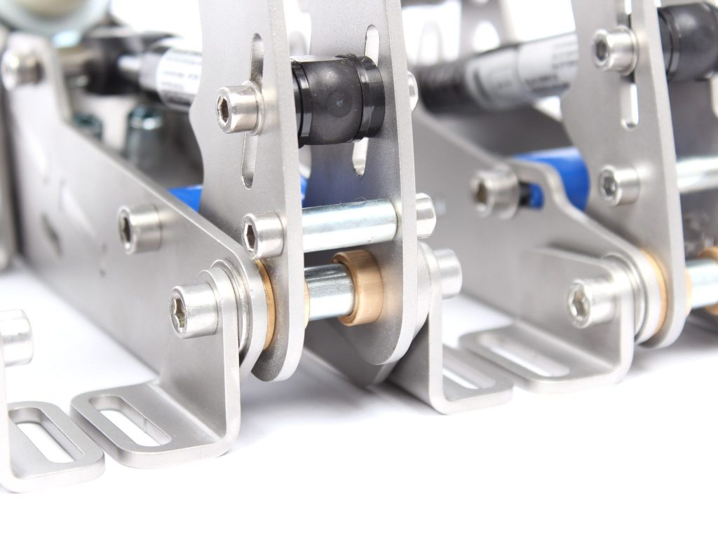 shop.gperformance.eu - Heusinkveld Sim Pedals Ultimate detail bearing