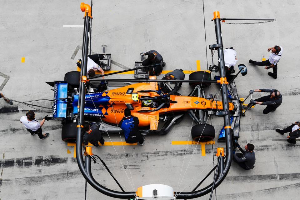 shop.gperformance.eu - Cube Controls Formula CSX Sim Racing Wheel iso view 4