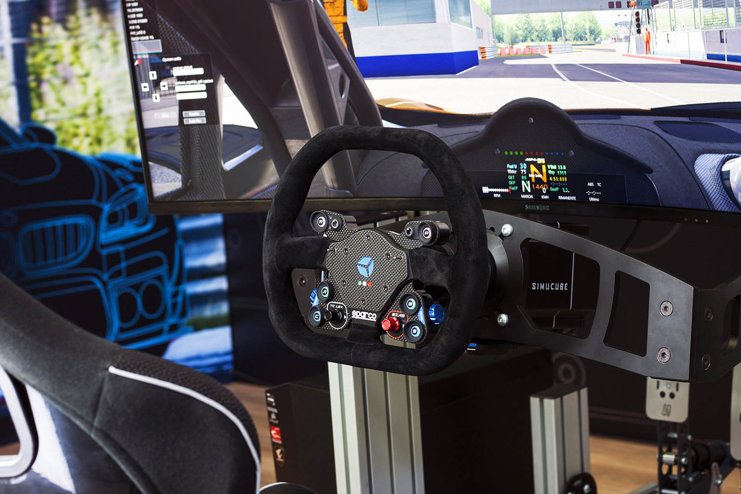 shop.gperformance.eu - Cube Controls GT Pro Sparco Wireless - Simucube 2 eSports wheel - installed