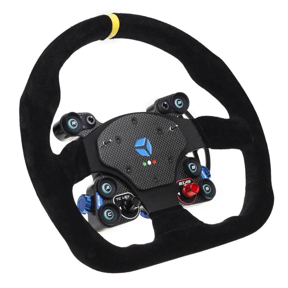 shop.gperformance.eu - GT Pro MOMO Wireless - eSports sim racing wheel - iso view - G-Performance