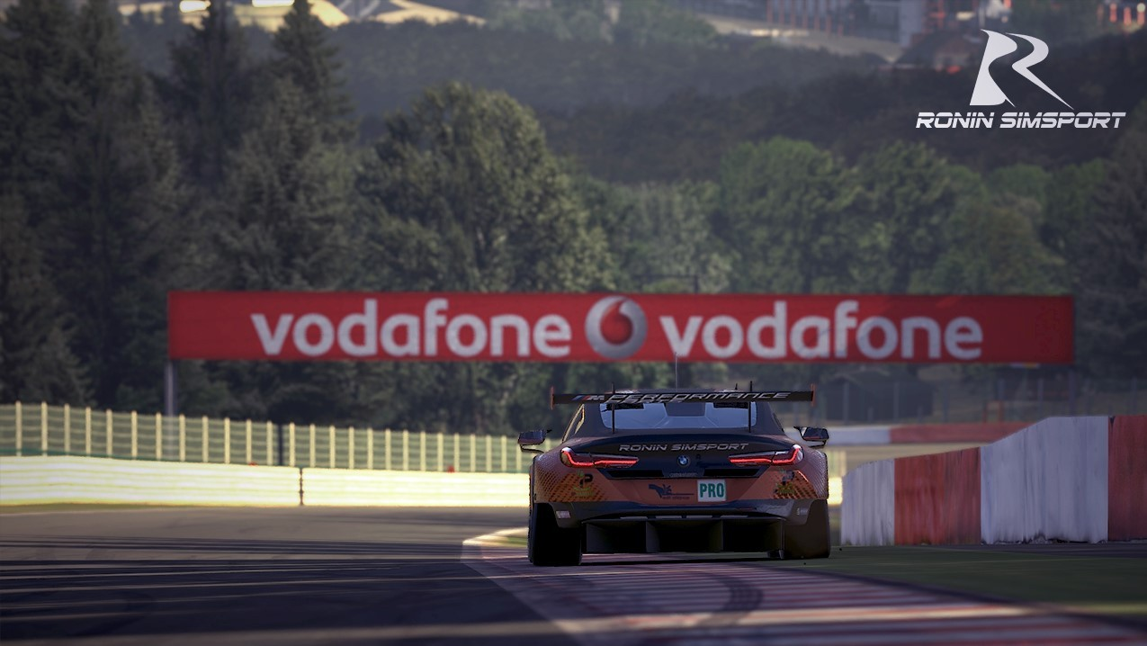 shop.gperformance.eu - Ronin SimSport iRacing ingame screenshot - G-Performance