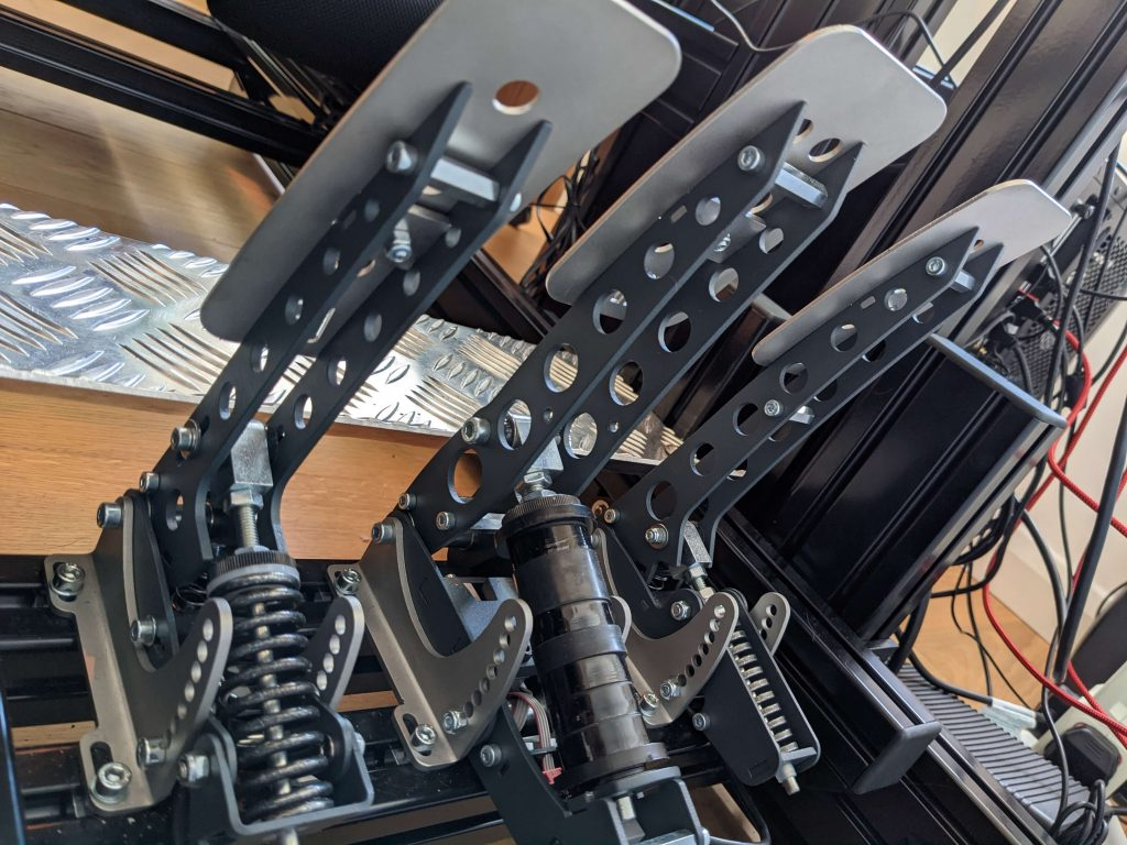 Sim pedals Sprint mounted on 8020 rig (rear)